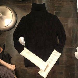 Zara Medium Black and White Turtleneck